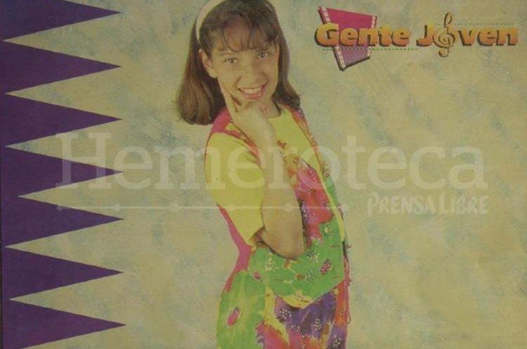 En 1993 Gaby Moreno, una niña de 11 años destacaba por sus dotes artísticos. (Foto Prensa Libre: Hemeroteca PL)
