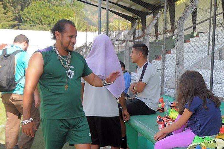 El preparador físico Gonzalo Deras es el responsable de este aspecto en Antigua GFC. (Foto Prensa Libre: Carlos Vicente)