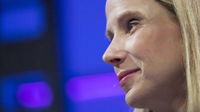 Marissa Mayer, la directora ejecutiva de Yahoo, decidió acatar la orden y no desafiarla en un tribunal, dijo un informe de Reuters. (GETTY IMAGES).