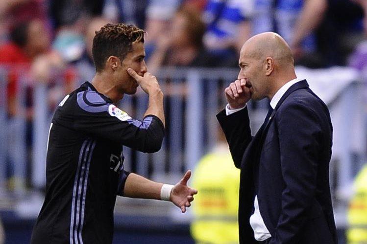 Cristiano Ronaldo ha sido uno de los incondicionales de Zinedine Zidane en el Real Madrid. (Foto Prensa Libre: AP)