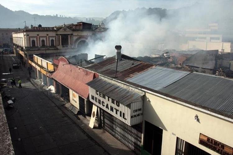 Imagen del incendio registrado en julio último en Quetzaltenango. (Foto Prensa Libre: Hemeroteca PL).