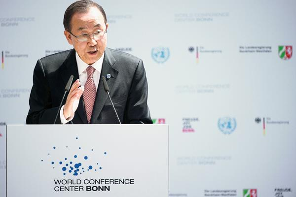 El secretario general de la ONU, Ban Ki-moon, pronuncia un discurso en Bonn, Alemania. (Foto Prensa Libre:AP).