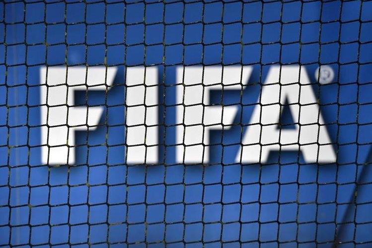 La máxima entidad del futbol mundial puso fecha para que la AFA elija a sus nuevas autoridades. (Foto Prensa Libre: AFP).