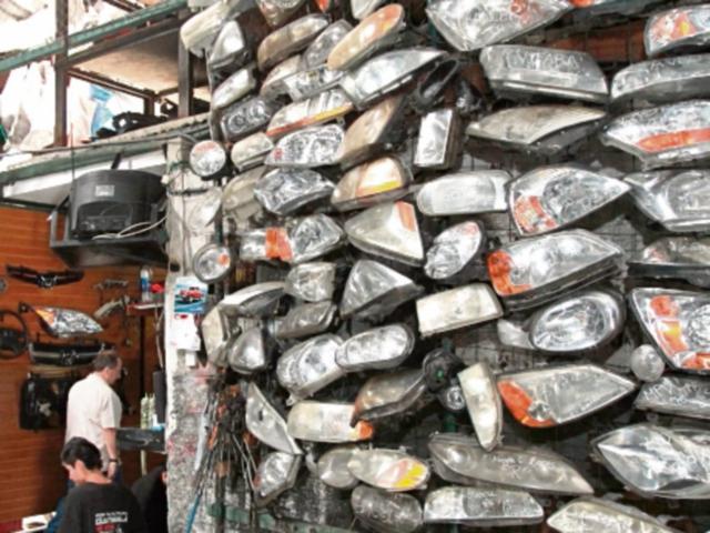 La compra de repuestos aumentó en el 2015. (Foto Prensa Libre: Hemeroteca)