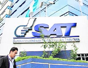 La SAT implementará un plan de ajuste para que miles de contribuyentes regulen su situación. (Foto Prensa Libre: Hemeroteca PL)