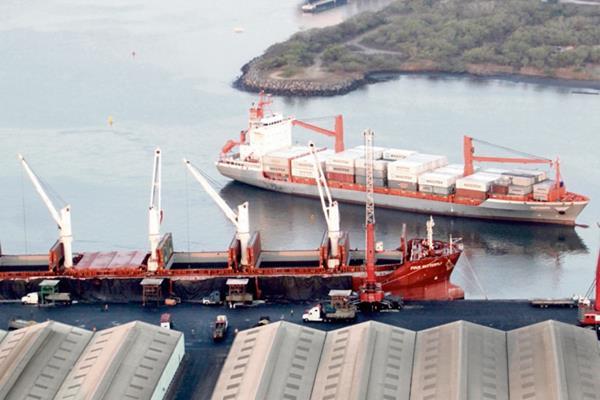 Movimiento de carga portuaria sumó 23.9 millones de toneladas métricas el año pasado.