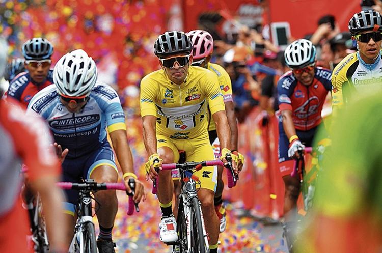 El campeón Manuel Rodas será el ciclista más cuidado por el pelotón. (Foto Prensa Libre: Hemeroteca PL)