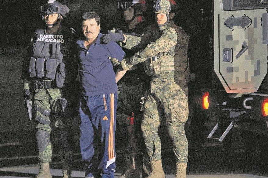 """""""El Chapo"""" Guzmán cuando fue detenido el 8 de enero pasado. (Foto Prensa Libre: AP)."""