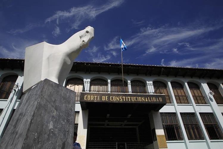 La CC aún no resuelve otras acciones presentadas por la Presidencia y la Procuraduría General. (Foto: Hemeroteca PL)