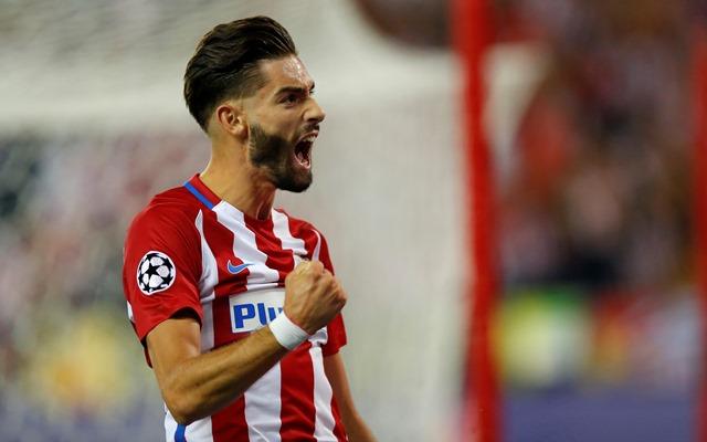 Yannick Carrasco celebra el gol del triunfo del Atlético contra el Bayern. (Foto Prensa Libre: AFP).
