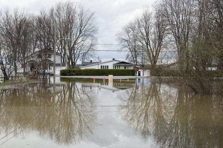 Unas 121 localidades sufrieron daños por las inundaciones en Quebec.