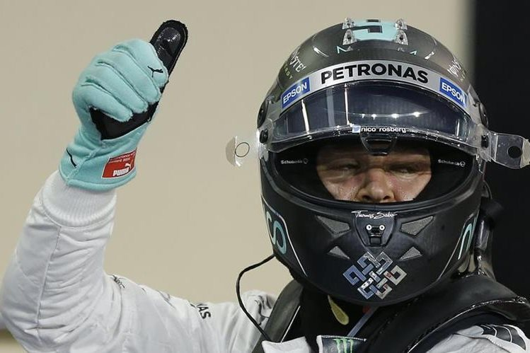 Nico Rosberg consiguió el mejore tiempo en la clasificación de este sábado en Abu Dabi. (Foto Prensa Libre: AP)