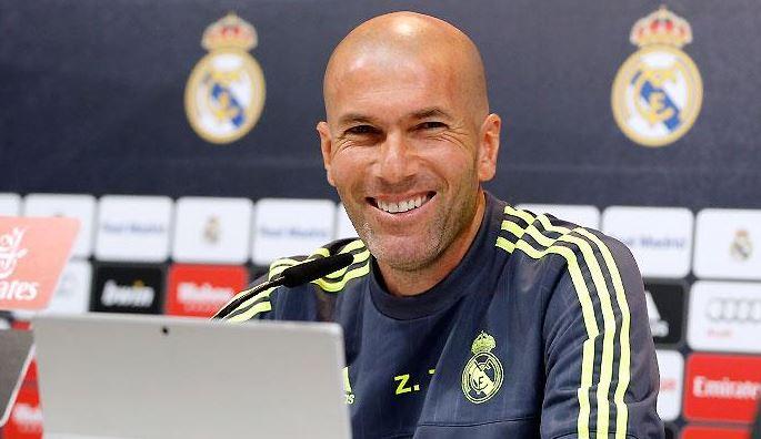 El técnico del Real Madrid, el francés Zinedine Zidane, durante la conferencia de prensa de este martes. (Foto Prensa Libre: Real Madrid)