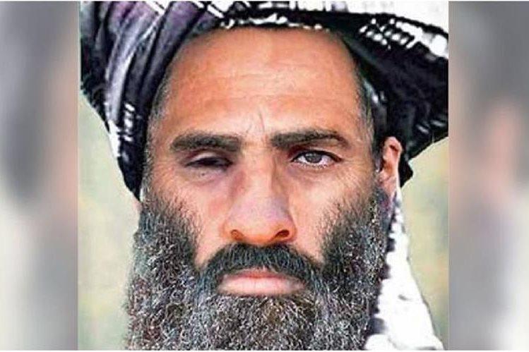 <em>El mulá Omar, líder de los talibanes. (Foto Prensa Libre:AP)</em>