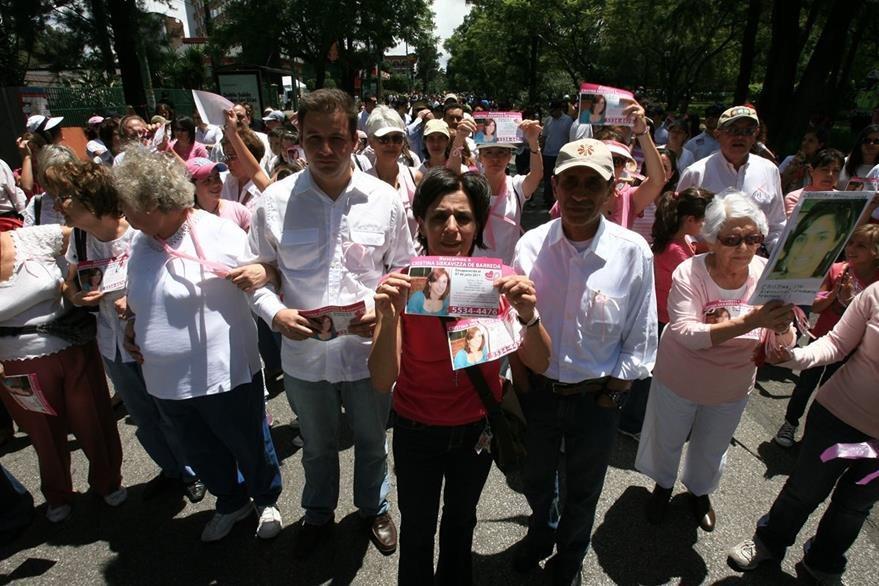 En 2011 familiares y amigos de Cristina Siekavizza entre ellos Roberto Barreda efecturaron una marcha. (Foto Prensa Libre: Hemeroteca PL)