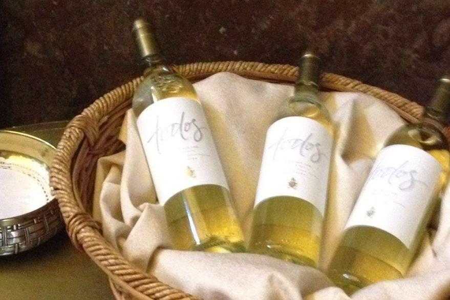 Imagen del vino especialmente producido en Argentina para el papa Francisco. (Foto Twitter/@COVIAR1).