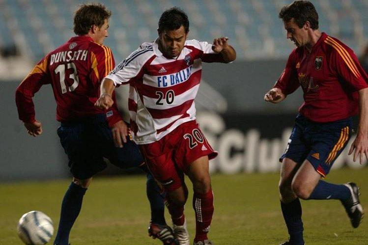 Carlos Humberto Ruiz podría reestrenarse este fin de semana en la MLS, en el duelo contra el New York City. (Foto Prensa Libre: Hemeroteca PL)