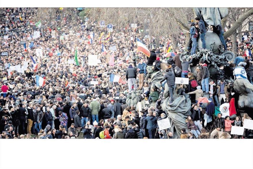 Millones de habitantes de París toman las calles de esa ciudad el 12 de enero de 2015 para repudiar los atentados terroristas del 7 de enero. (Foto: Hemeroteca PL)