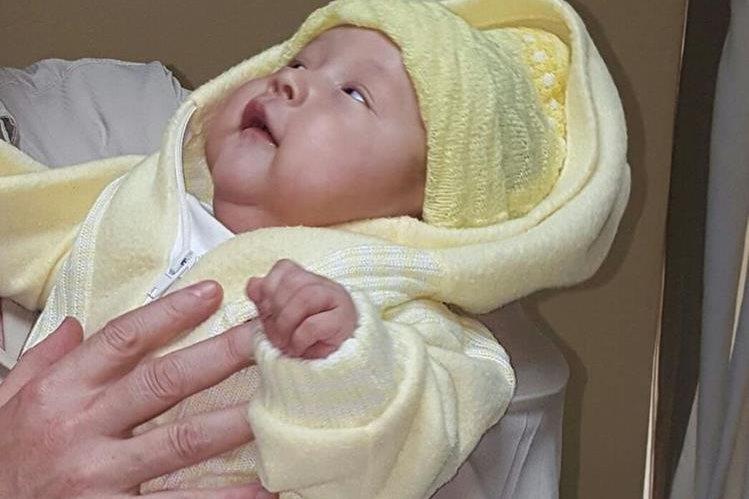 Irvin Estrada cumplió tres meses de edad el mismo día en que salió del hospital. (Foto Prensa Libre: Cortesía)