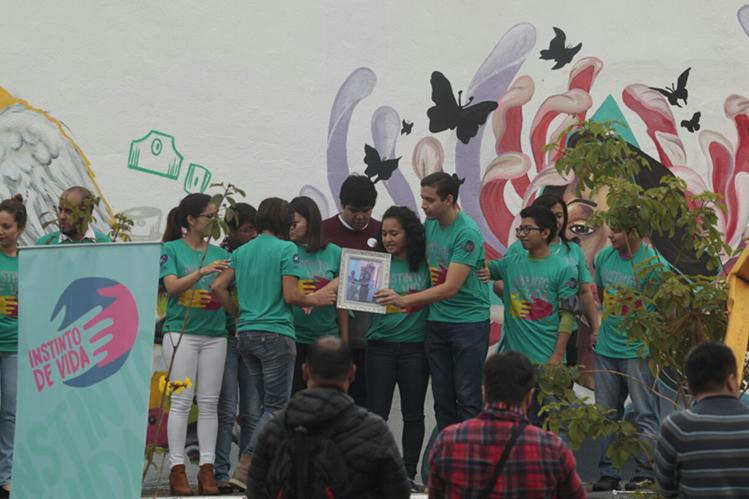 El movimiento Jóvenes Contra la Violencia impulsa actividades para reducir la criminalidad. (Foto Prensa Libre: Carlos Hernández)