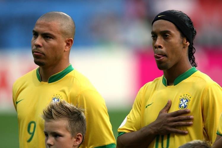 Ronaldo y Ronaldinho conquistaron juntos la Copa América de Paraguay en 1999 y el Mundial de Japón y Corea en 2002. (Foto Prensa Libre: Hemeroteca)
