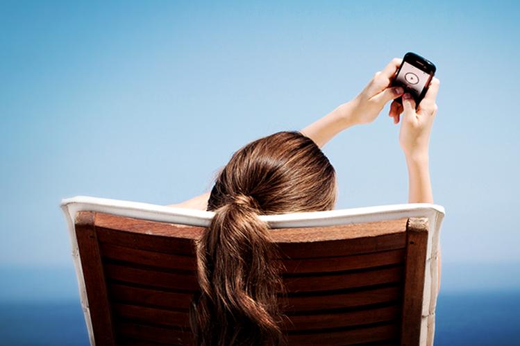 Cada día se suben 80 millones de imágenes a Instagram, red social con 400 millones de usuarios en todo el mundo (Foto Prensa Libre: samsung.com).