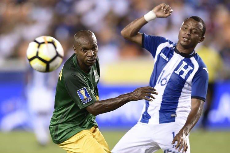 Honduras y Guyana empataron sin goles en la segunda jornada de la Copa Oro, resultado que los obliga a ganar en la próxima fecha para optar a una clasificación. (Foto Prensa Libre: AFP)