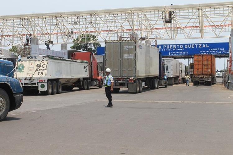 El reglamento para el pesaje de los contenedores será publicado antes del 1 de julio próximo (Foto Prensa Libre:Hemeroteca PL)