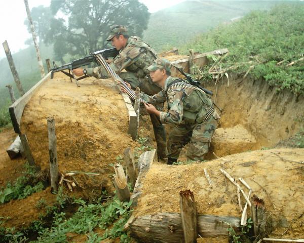 Enfrentamientos armados continúan entra la guerrilla de las Farc y el Ejército.