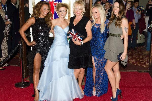 <p>Las Spice Girls se reúnen en Londres. AFP PHOTO/Leon Neal</p>