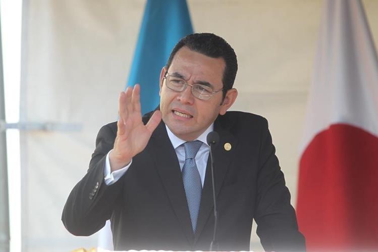 El presidente Jimmy Morales convocó a varios sectores del país para discutir reformas a la Ley Electoral. (Foto Prensa Libre: Hemeroteca PL)