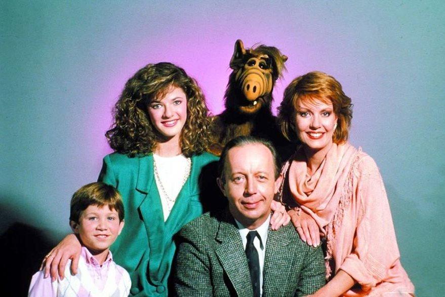 Alf vivía con una familia que pretendía que el extraterrestre tuviera una vida normal. (Foto Prensa Libre: losandes.com.ar).