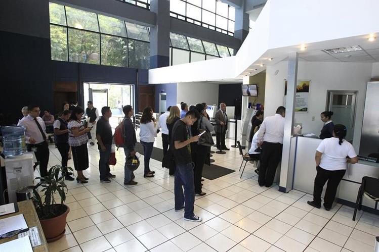 El 44% de los contribuyentes que se regularon ante el fisco enfrentaban proceso jurídico. (Foto Prensa Libre: Hemeroteca)
