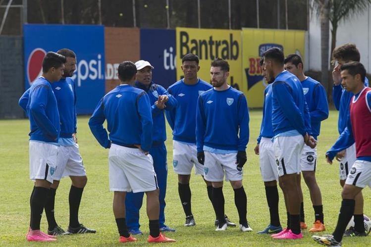La Selección Nacional se medirá esta noche contra su similar de Honduras en el primer juego de la era del técnico Walter Claverí. (Foto Prensa Libre: Edwin Fajardo)