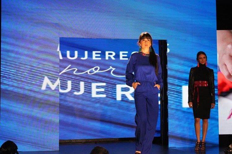 En ocho meses se trabajó la colección de 28 piezas para el Programa Mujeres por Mujeres. (Foto, Prensa Libre: Cortesía Pepsico).