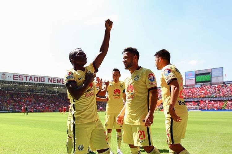 Darwin Quintero recibió insultos racistas en el juego ante Toluca. (Foto Prensa libre: AFP)