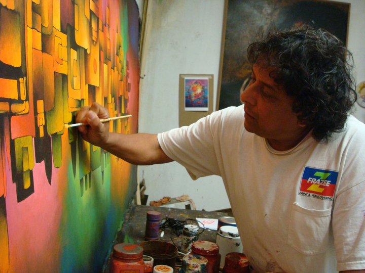 El artista plástico Víctor Hugo Valenzuela fue conocido por su obra abstracta. (Foto Prensa Libre: Facebook)