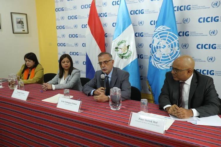 Acto de entrega de un donativo de los Países Bajos por US$275 mil a la Cicig el 29 de noviembre de 2017. (Foto Prensa Libre: Hemeroteca PL)