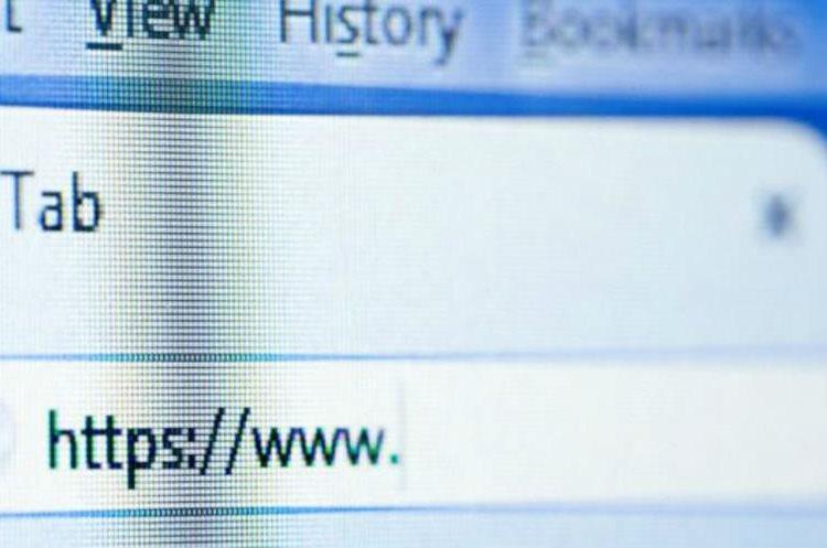 Las cookies también acumulan información sobre las web que visitas. (GETTY IMAGES)