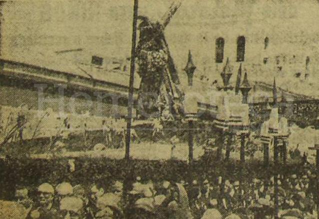 Procesión del Jueves Santo de 1961. (Foto: Hemeroteca PL)