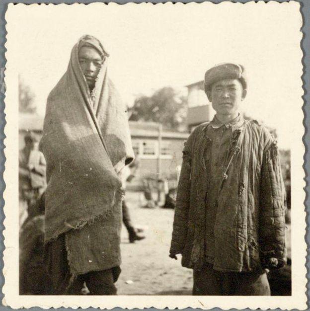 Esta es la única foto que sobrevivió en la que se ve el rostro de dos de los 101 soldados soviéticos. ARCHIEF EEMLAND