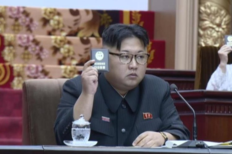 Kim Jong-Un, líder norcoreano, engordó unas 88 libras, según servicios de inteligencia surcoreanos. (Foto Prensa Libre: AP).
