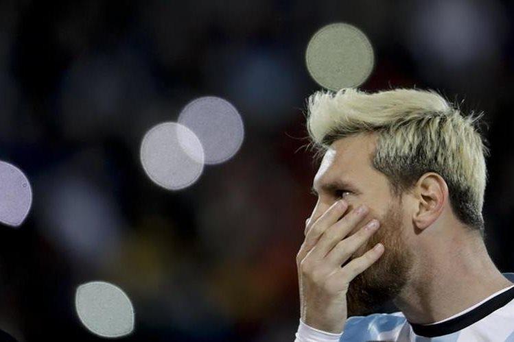 Lionel Messi anotó el gol del triunfo para Argentina frente a Uruguay. (Foto Prensa Libre: AP)