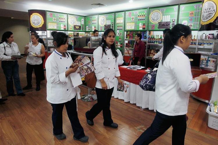 La Feria Alimentaria y el Festival Gastronómico 2015, se llevarán a cabo en el Centro de Convenciones Tikal Futura. (Foto Prensa Libre: Hemeroteca PL).