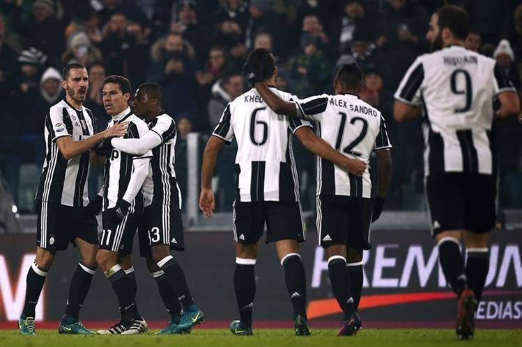 Los jugadores de la Juventus esperan volver a festejar. (Foto Prensa Libre: Hemeroteca PL)